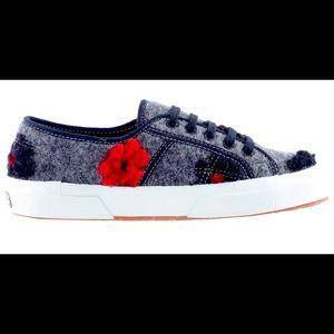 Superga Size 6 Ladies Microfleece Flower shoes NWT